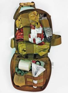 Taschen Und Paks Für Die Militärische Notfallversorgung Und